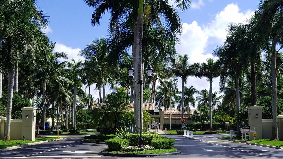 Doral Landings Palm Tree Gated Entrance